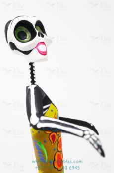 Frida flowery skeleton I