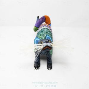 Mexican Folk Art, Alebrije Gato Armadillo