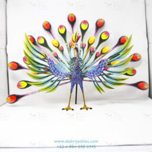 Talla de Madera Artesanal Alebrije Pavorreal Peacock VI