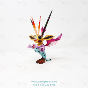 Mexican Art Decor, Alebrije Marcianito IX