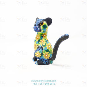 Tallado en Madera, Alebrije Pantera Negra Con Azul Y Flores