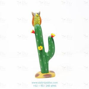 Tallado en Madera, Alebrije Búho Sobre Cactus