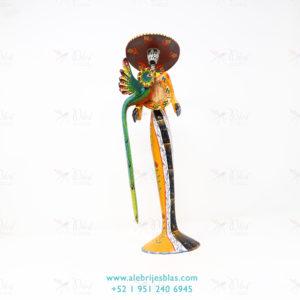 Tallado en Madera, Alebrije Oaxacan Skeleton Lady