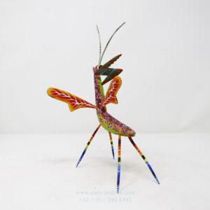 Mantis Floral tallada IX por Paul Blas