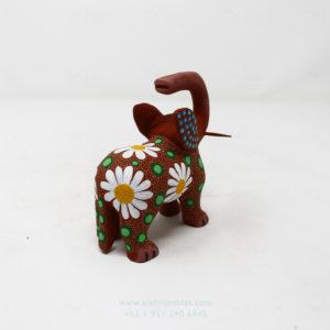 Alebrije Elefante Floreado IV Por José Olivera Pérez