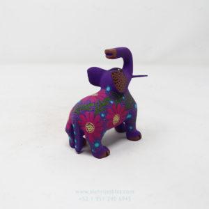 Alebrije Elefante Floreado VI Por José Olivera Pérez
