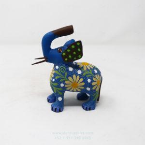 Alebrije Elefante Floreado VII Por José Olivera Pérez
