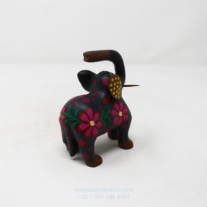 Alebrije Elefante Floreado VIII Por José Olivera Pérez