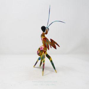Alebrije Mantis Orquidea IX por Paul Blas