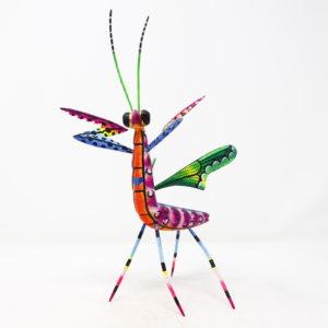Mantis XXI tallada en madera de copal por Paulino Blas